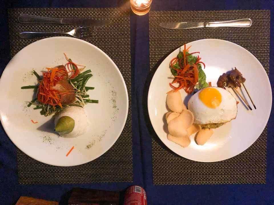 Jantar no The Palm Grove Villas