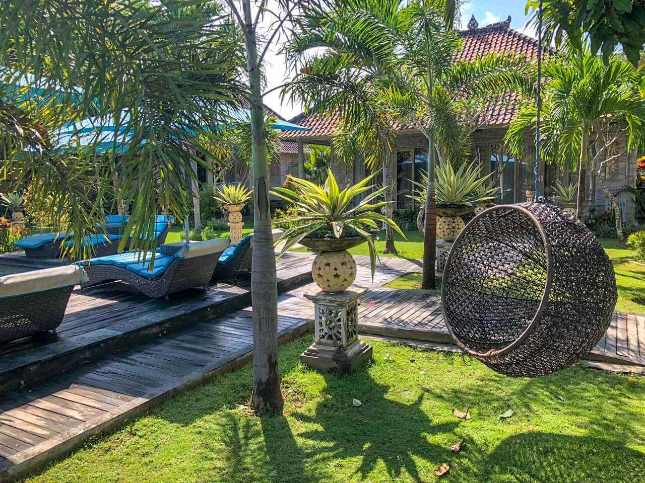 Jardim do The Palm Grove Villas