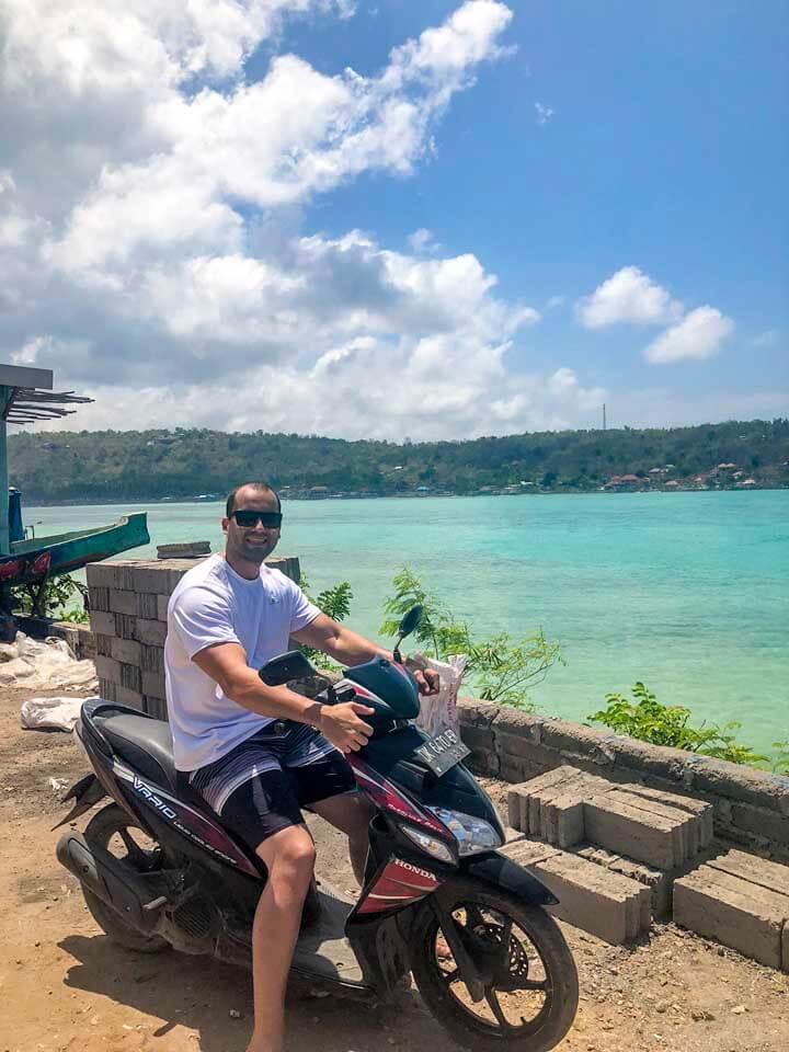 Scooter em Nusa Lembongan e lindo visual