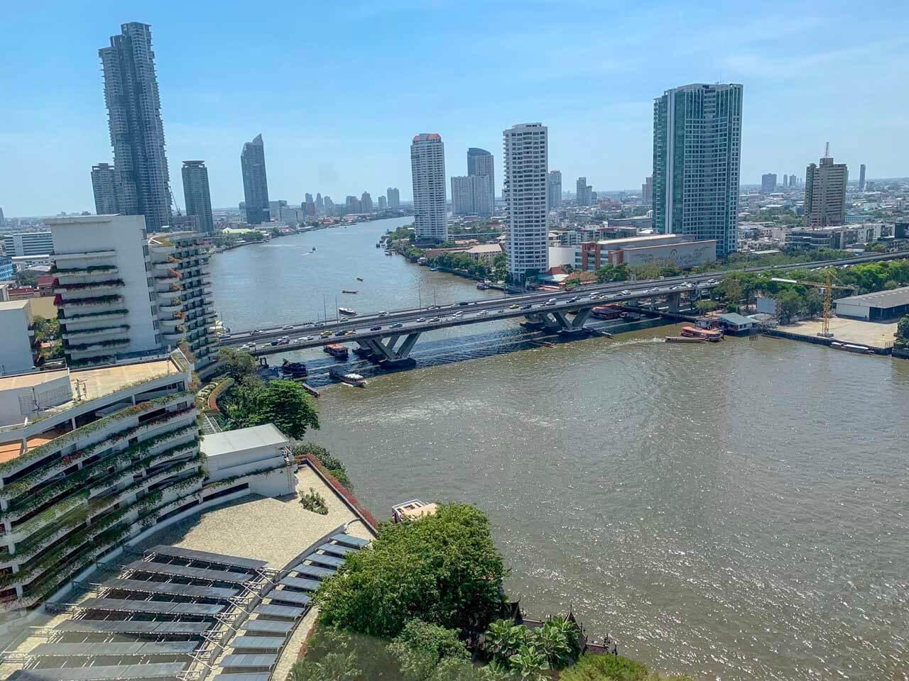 Vista do quarto para o rio Shangri-la Bangkok