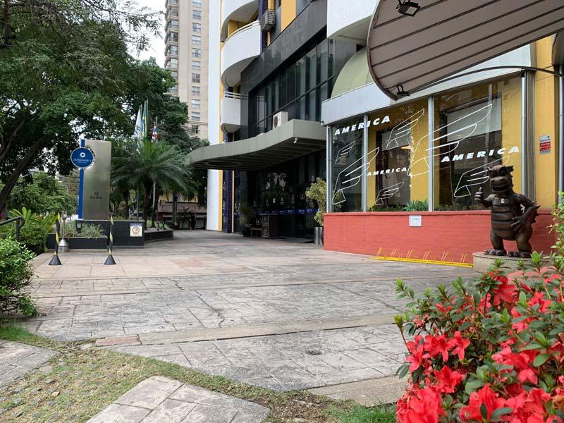 Entrada do restaurante do Hotel Transámerica Executive Moema em São Paulo