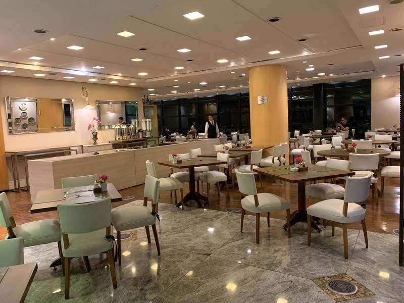 Restaurante Noah no hotel Blue Tree Premium em SP