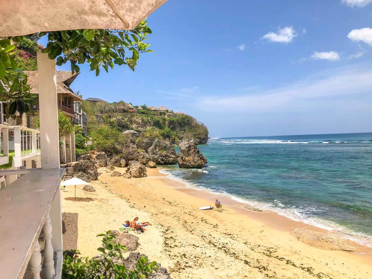 Praia de Bingin Uluwatu Bali