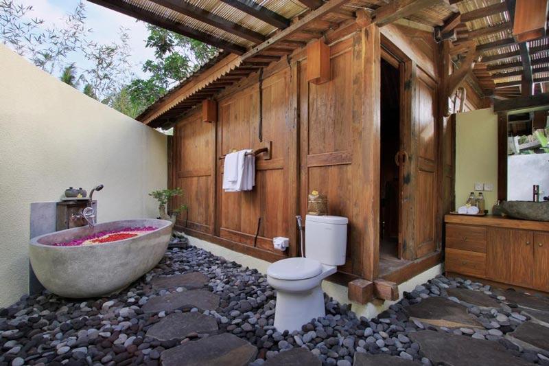 Onde ficar em Ubud: Banheira a céu aberto
