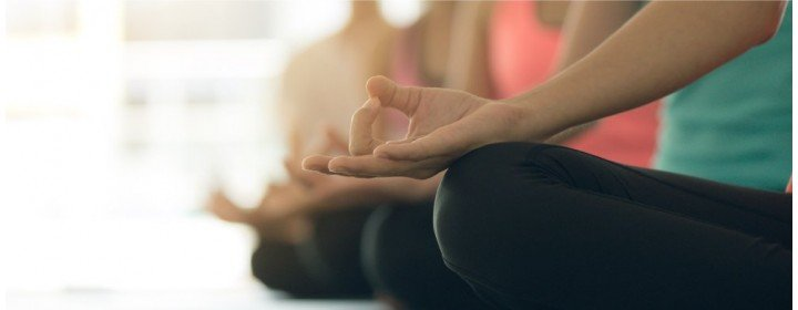 Benefícios da prática do yoga para pessoas com deficiência