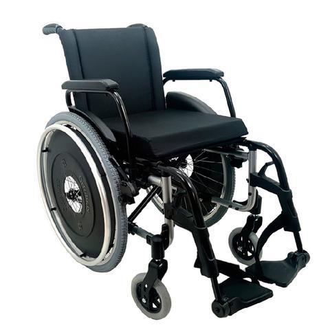 Cadeira dobrável em X