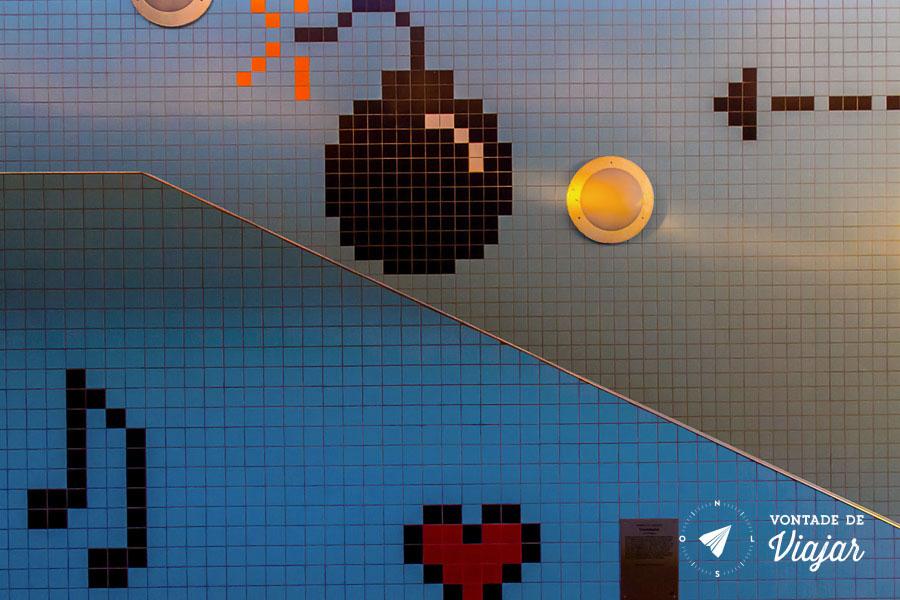 Metro em 8 bits - Estacao com decoracao arcade em Estocolmo
