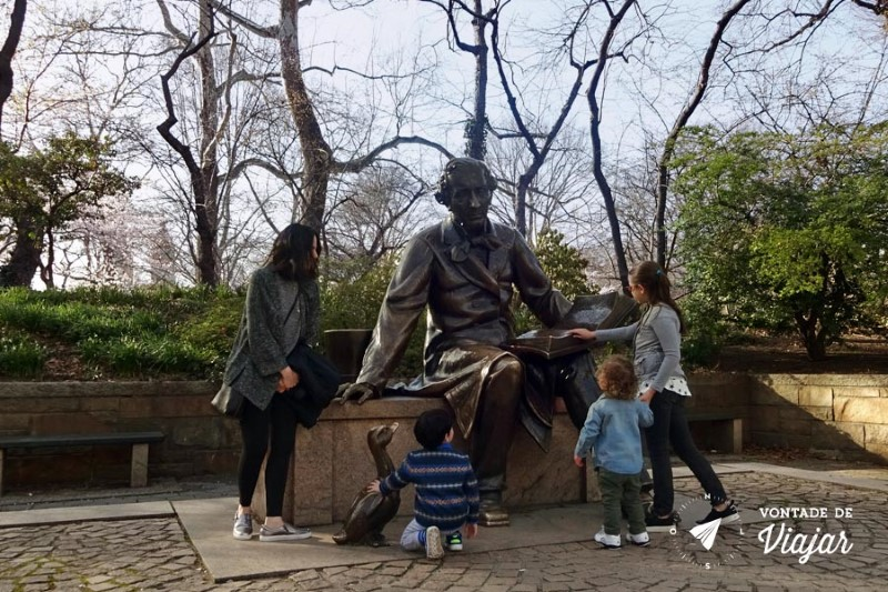 Nova York Central Park - Estatua do escritor Hans Christian Andersen