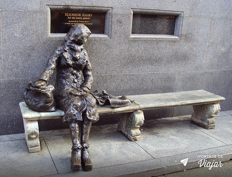 Estátua de Eleanor Rigby Stanley Street, em Liverpool