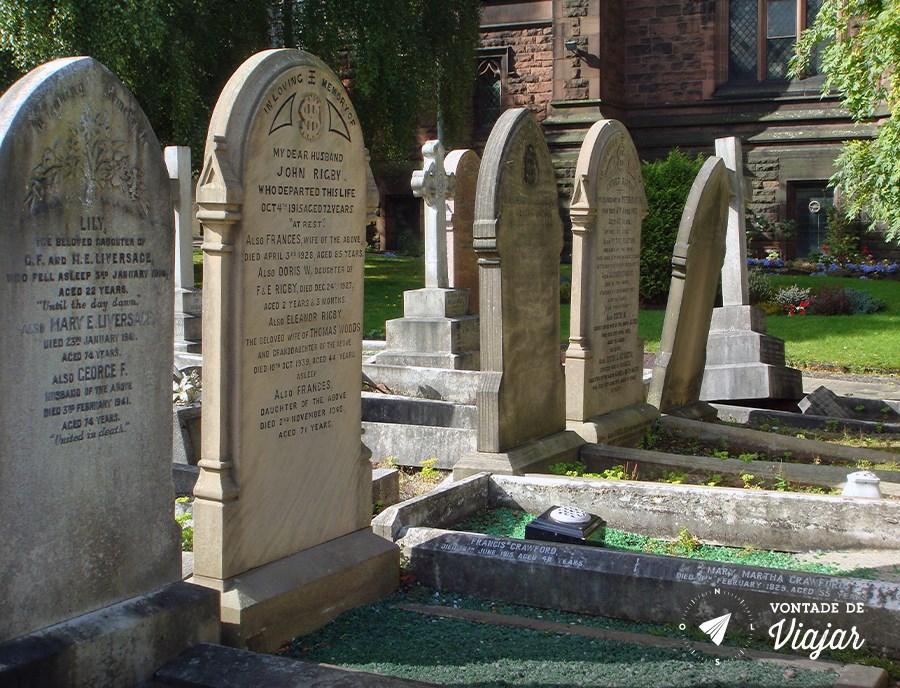 Liverpool - lapide Eleanor Rigby St Peter Church (blog Vontade de Viajar)
