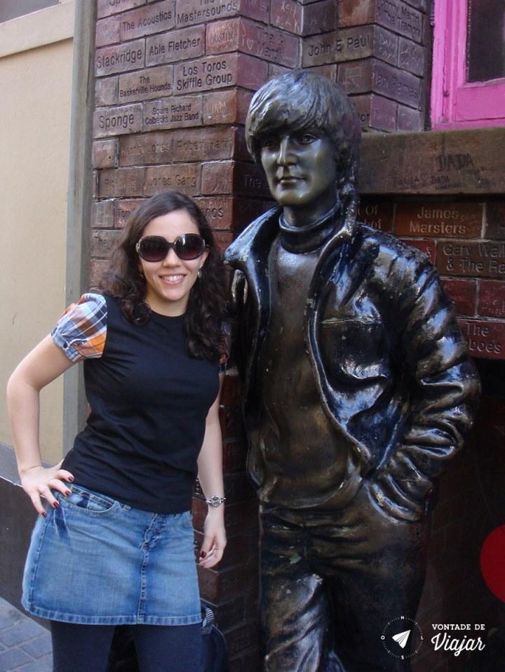Liverpool - estatua John Lennon (blog Vontade de Viajar)