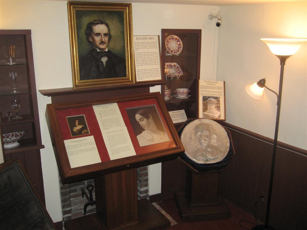 Viagem nerd - Casa museu de Edgar Alan Poe em Baltimore