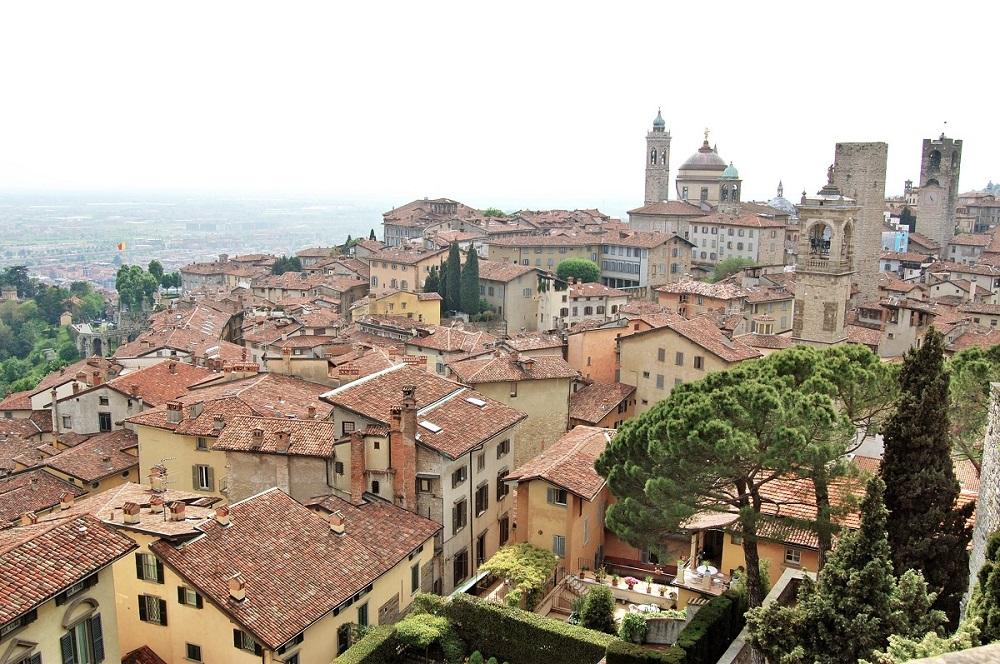 Bergamo - cidade medieval na Italia