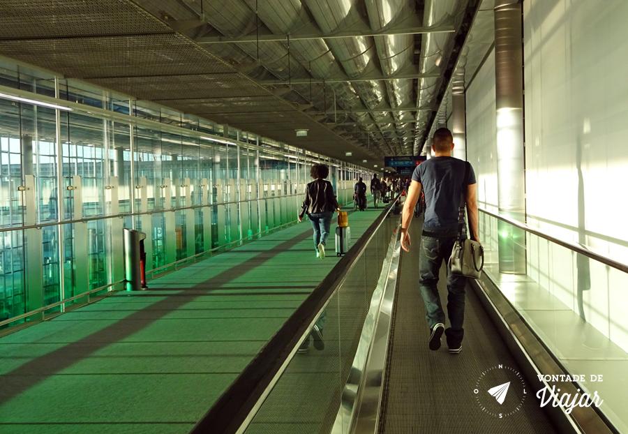 Dormir no aeroporto - Desembarque no Charles de Gaulle em Paris