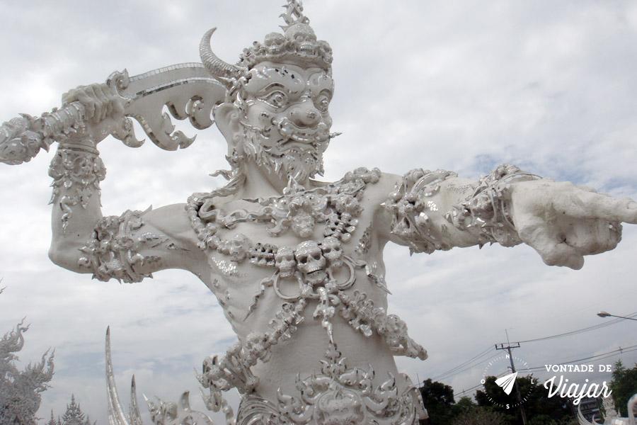Templo Branco na Tailandia - Guardiao da ponte