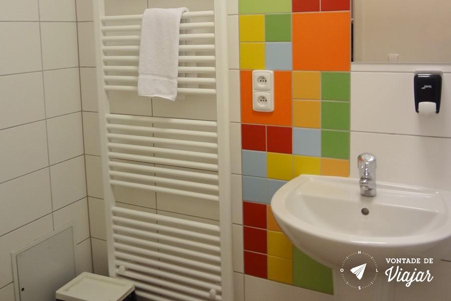 Albergue - Banheiro no hostel em Praga