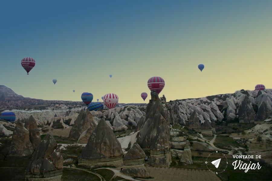 Turquia - Baloes ao amanhecer na Capadocia