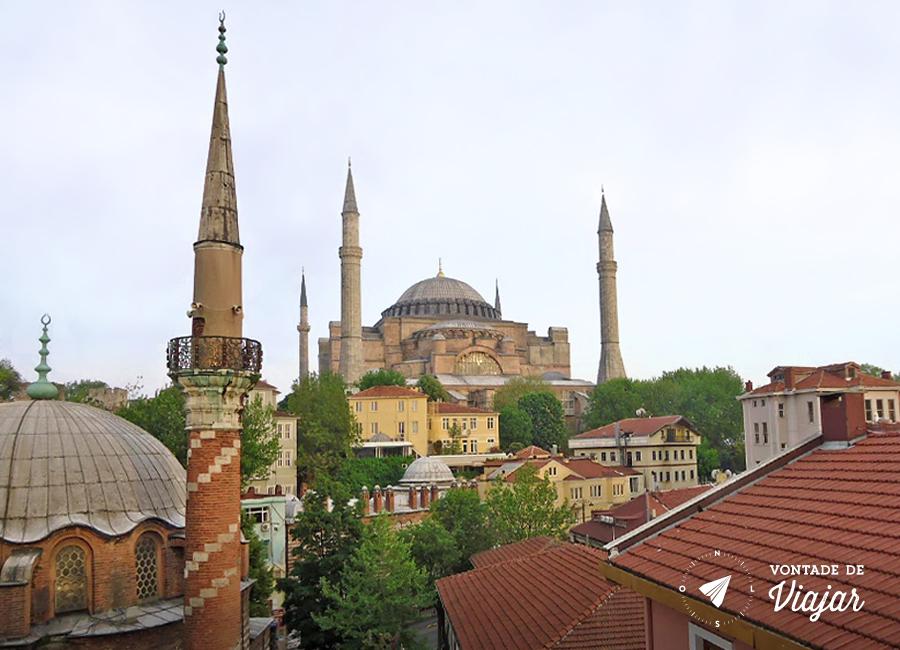 Santa Sofia, a mesquita que já foi igreja católica
