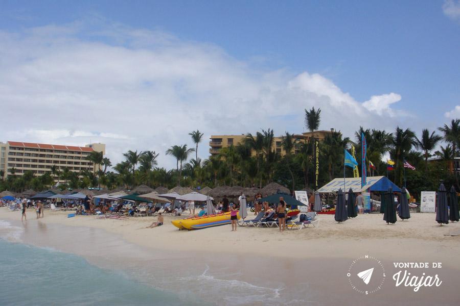 Aruba - Praia na area dos resorts