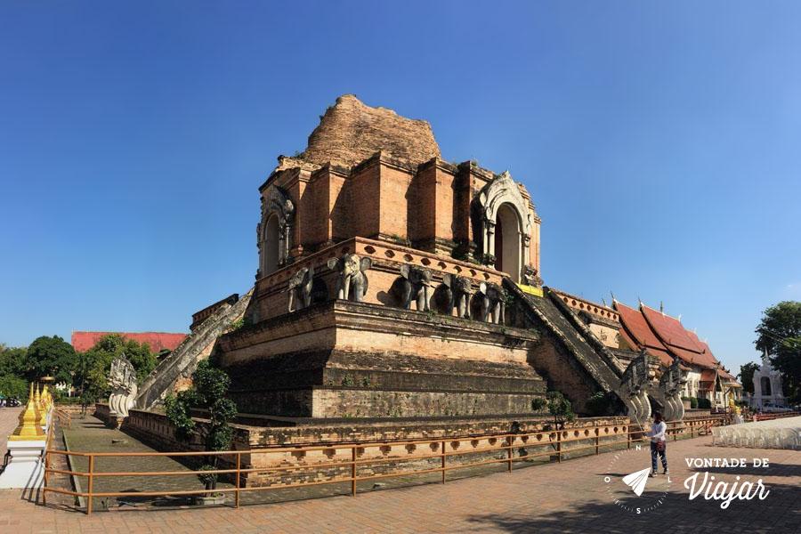 Chiang Mai Tailandia - Ruinas de Wat Chedi Luang - Foto Flavio Albuquerque
