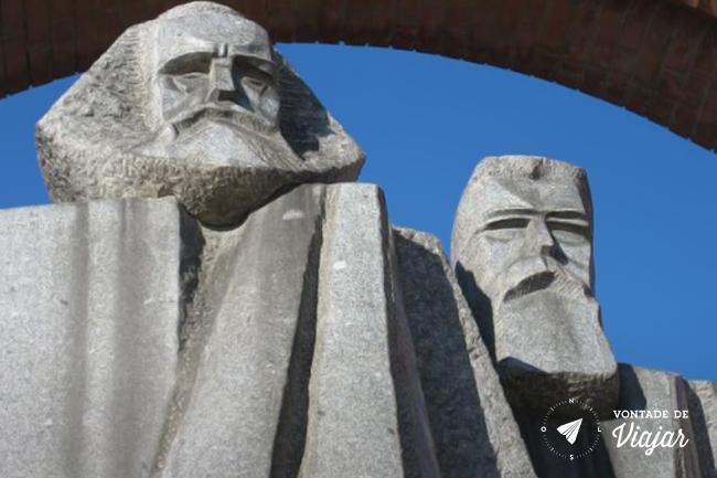 Budapeste - Memento Park - Marx e Engels