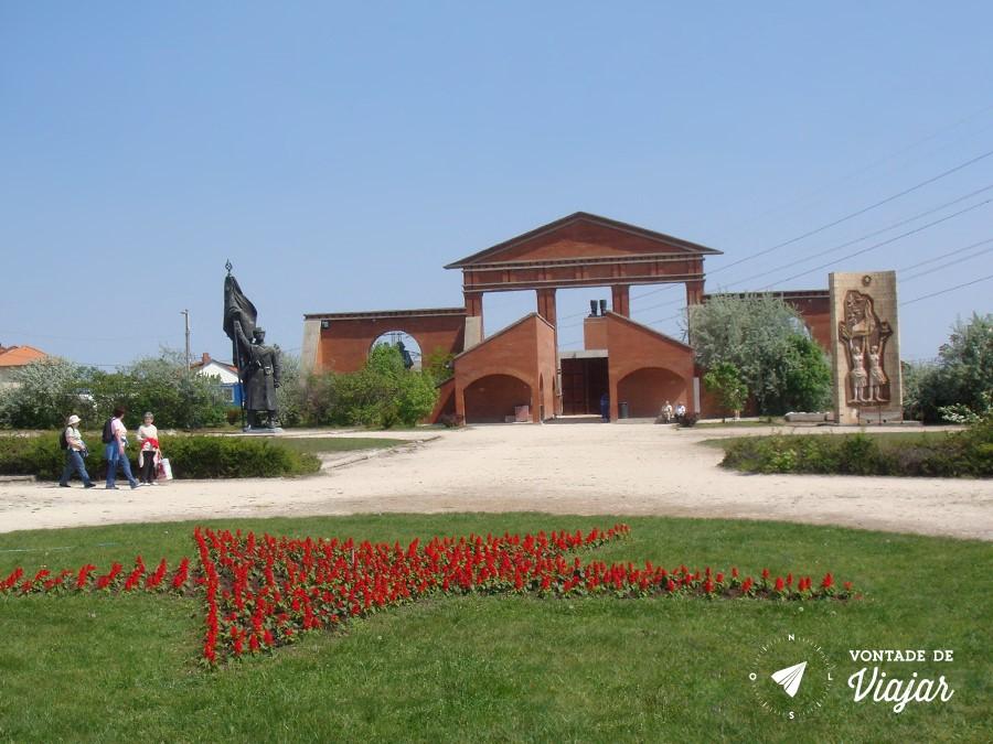 Budapeste - Memento Park o parque das estatuas (foto do blog Vontade de Viajar)
