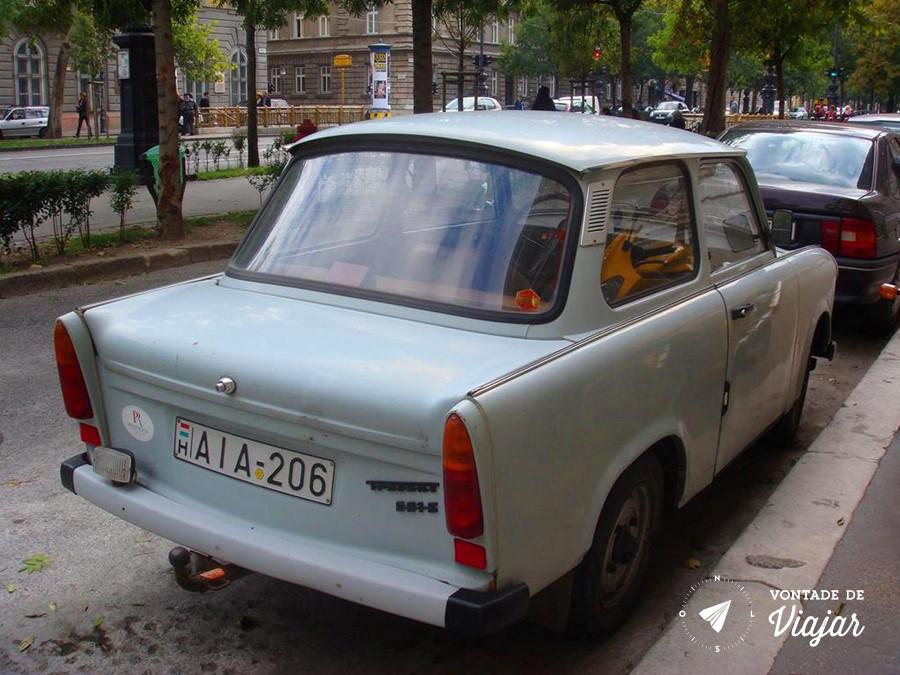 Budapeste - Trabant o carro comunista (foto do blog Vontade de Viajar)