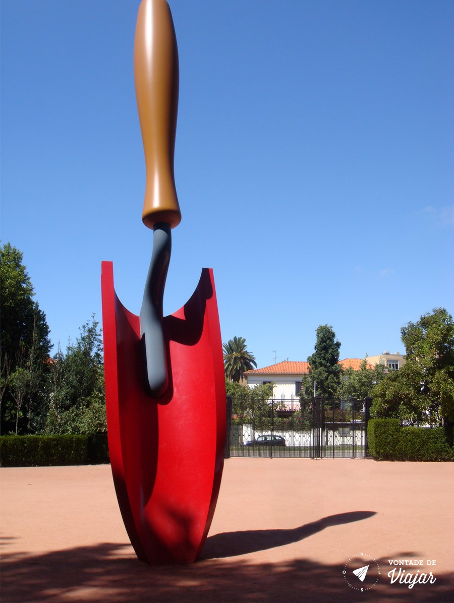 Museu Serralves Porto - esculturas no jardim