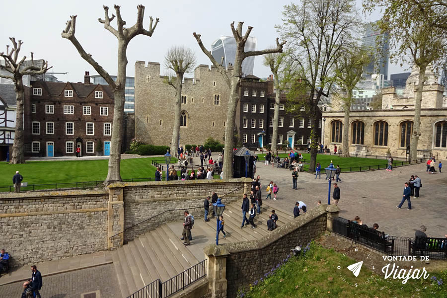 torre-de-londres-patio-do-castelo