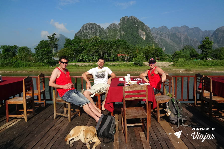 Hotel no Laos - Varanda Elephant Crossing Hotel em Vang Vieng no Laos