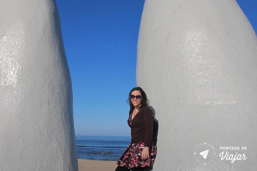 Punta del Este - Estatua La Mano Playa Brava