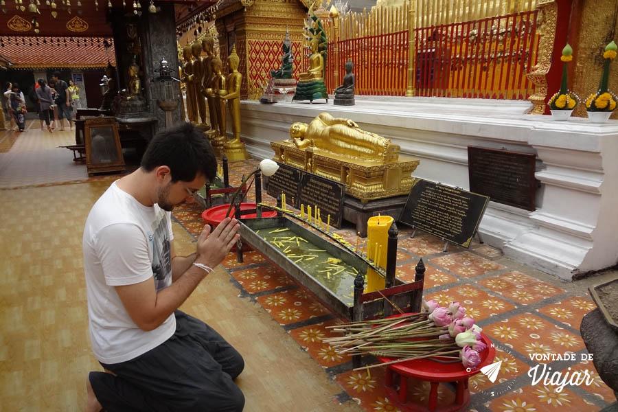 Tailandia Chiang Mai Doi Suthep - Templo budista