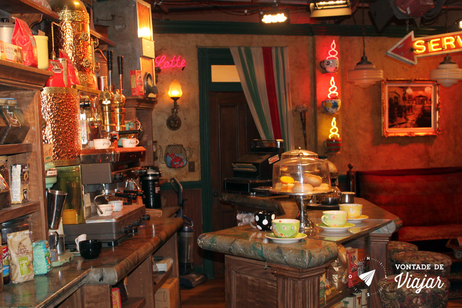 Los Angeles - Central Perk o cafe de Friends no tour da Warner