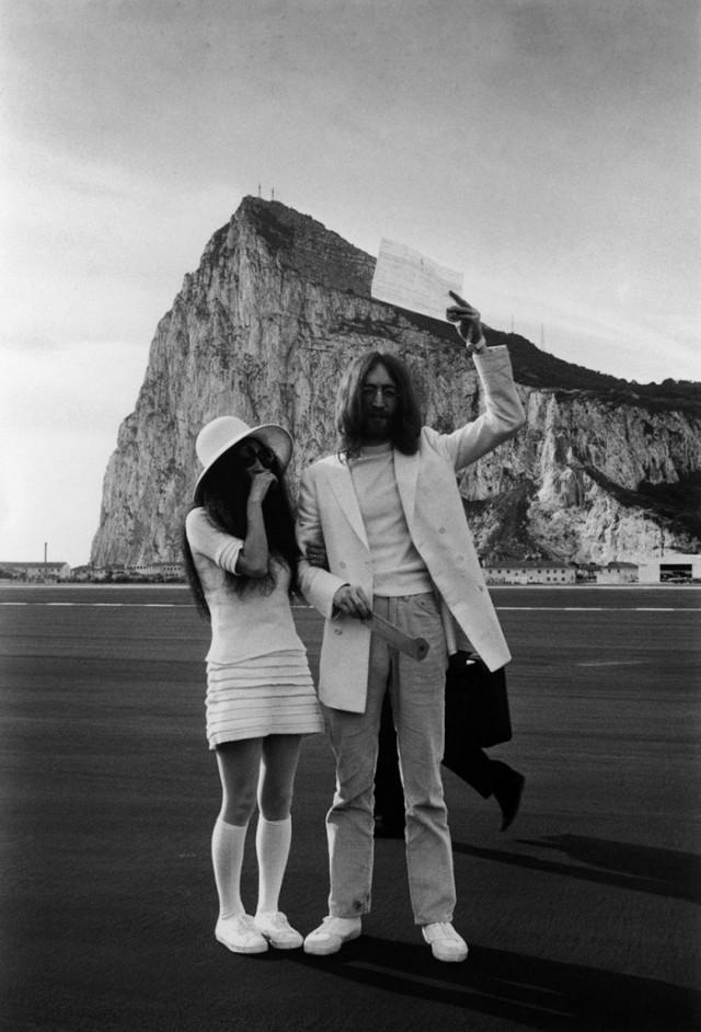 Balada de John e Yoko - Certidao de casamento em Gibraltar