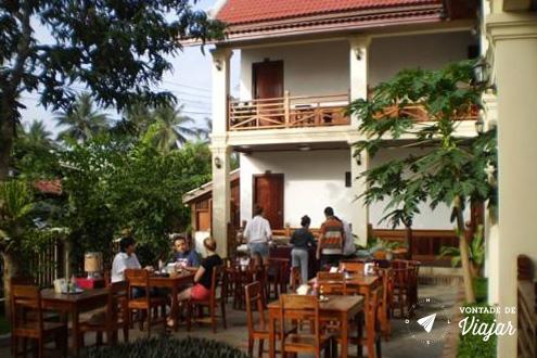 Hoteis no Sudeste Asiatico - Hotel em Luang Prabang cafe da manha