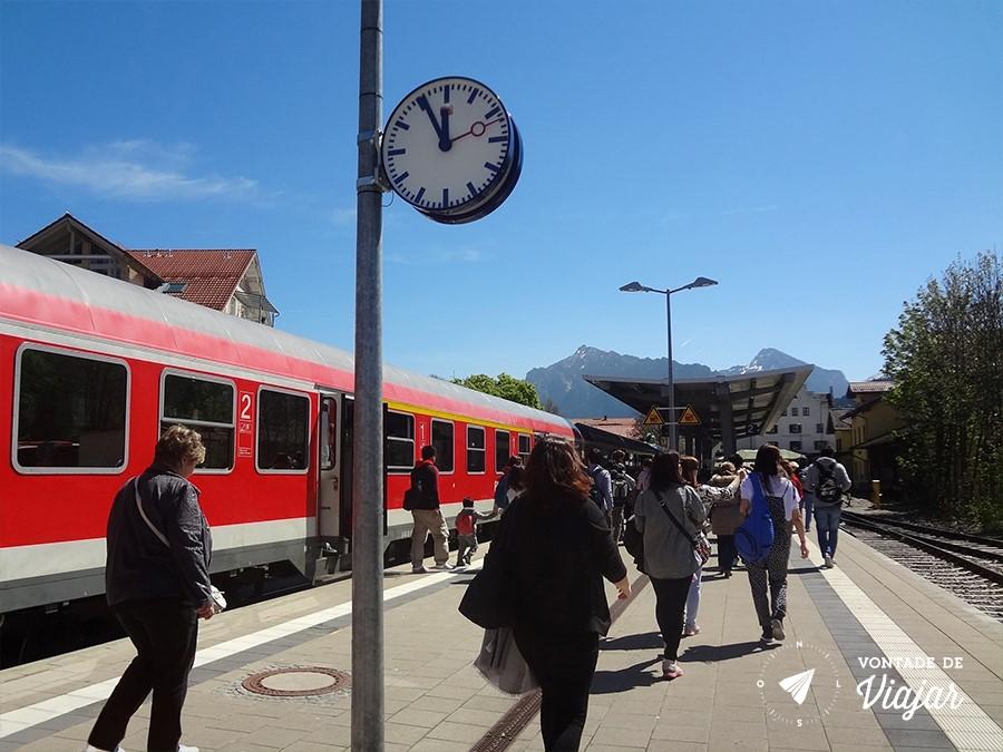 castelo-de-neuschwanstein-estacao-de-trem-em-fussen-para-ir-ao-castelo