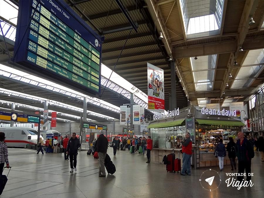castelo-de-neuschwanstein-trem-de-munique-para-fussen-a-partir-da-estacao-haptbahnhof