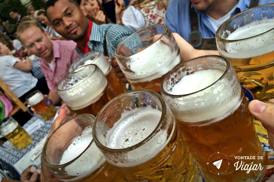 Oktoberfest de Munique - Canecas de cerveja