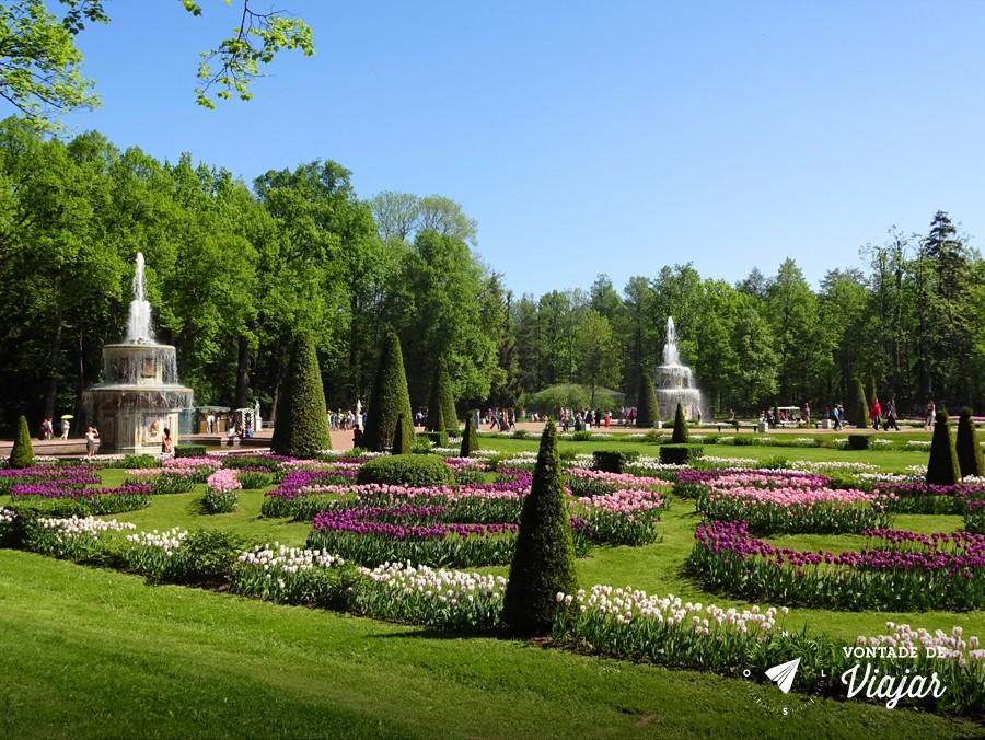 Peterhof - Jardins do palacio de Pedro o Grande