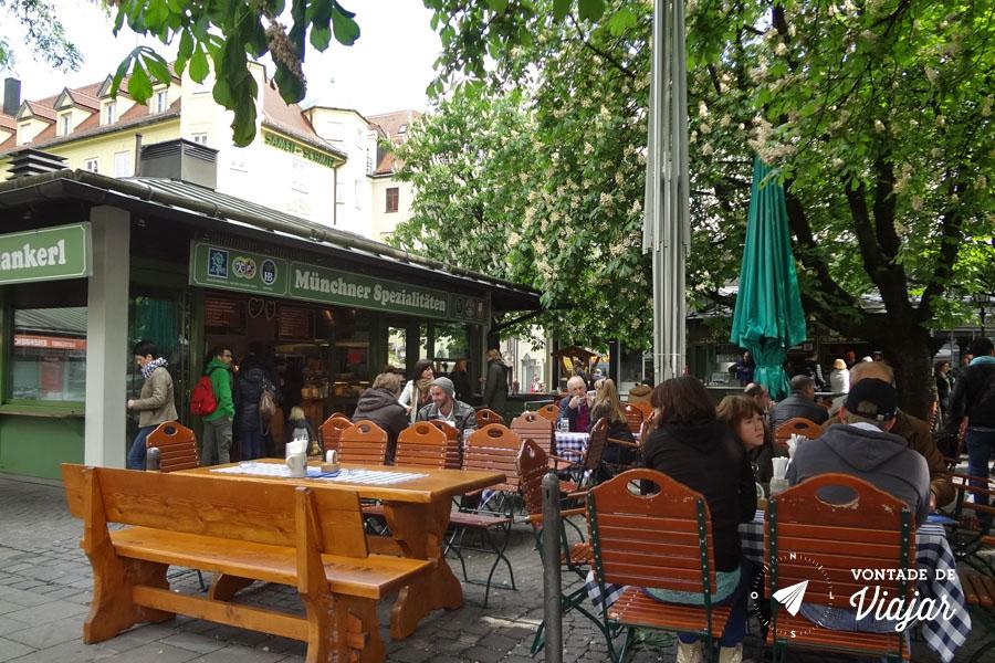 Viktualienmarkt - Biergarten em Munique Alemanha