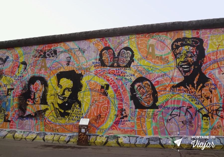 East Side Gallery - Imagem de artistas no Muro de Berlim por Andreas Paulun e Herve Morlay