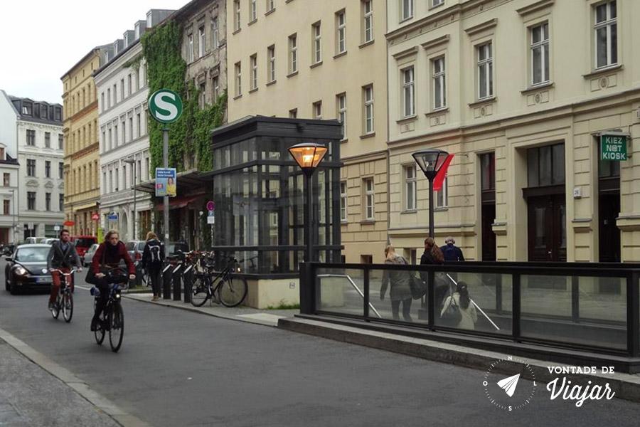 Estacoes fantasmas de Berlim - Oranienburger Strasse em 2014