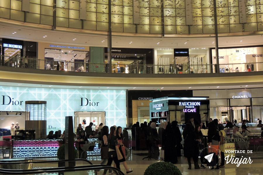 Emirados Arabes - Marcas de luxo no Dubai Mall - foto de Anna Carolina Levier para o blog Vontade de Viajar