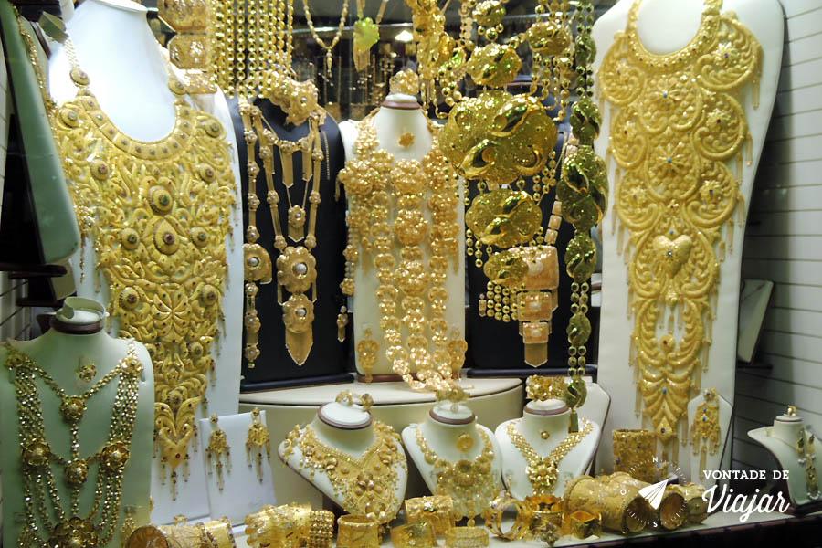 Emirados Arabes - Mercado de ouro em Dubai - foto de Anna Carolina Levier para o blog Vontade de Viajar