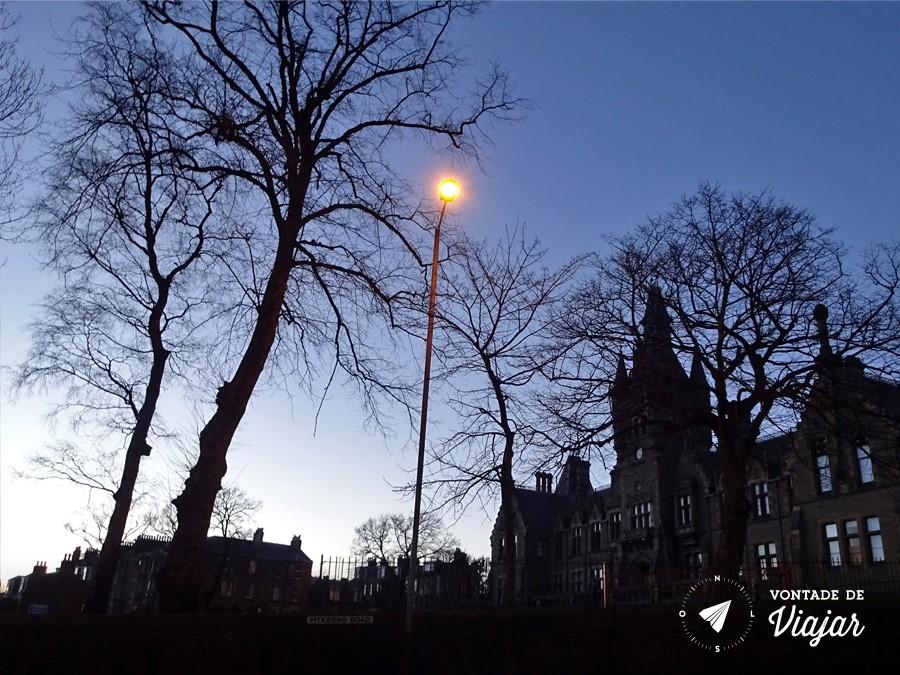 Dundee - Predio gotico da escola escocesa Morgan Academy