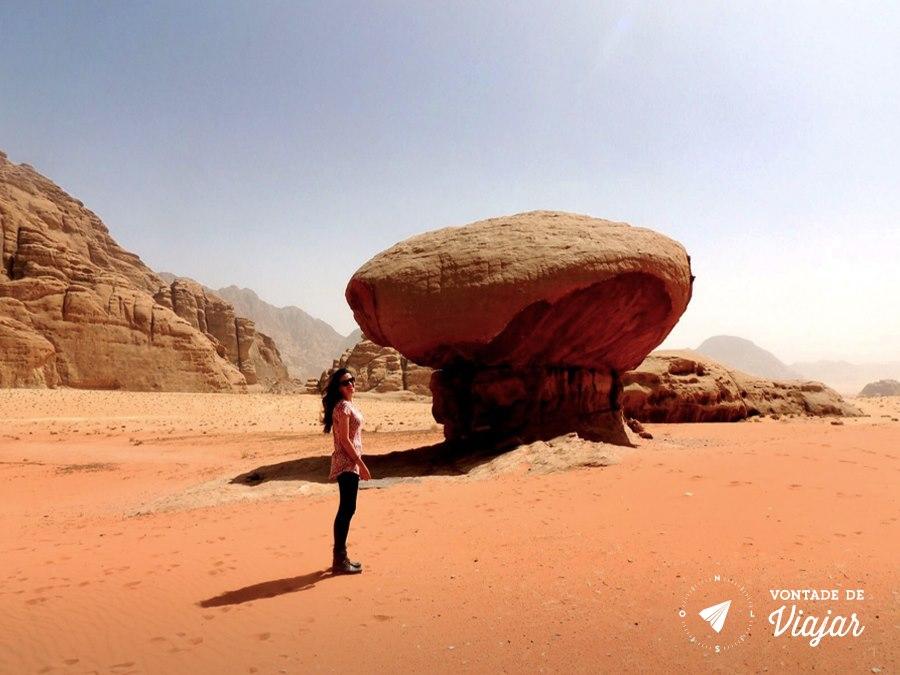Jordania - Mushroom Stone no deserto de Wadi Rum