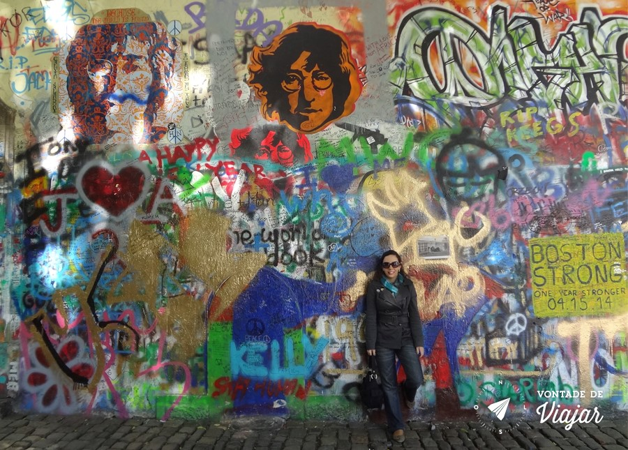 Lennon Wall em Praga - Muro grafitado em tributo a John Lennon