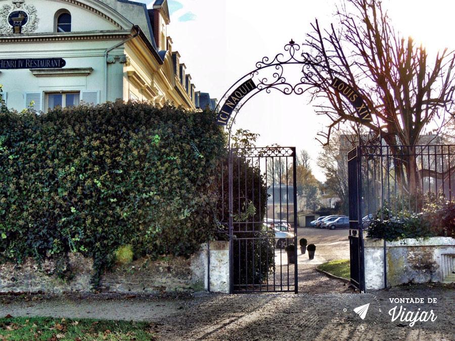 Palacios nos arredores de Paris - Portao St Germain en Laye