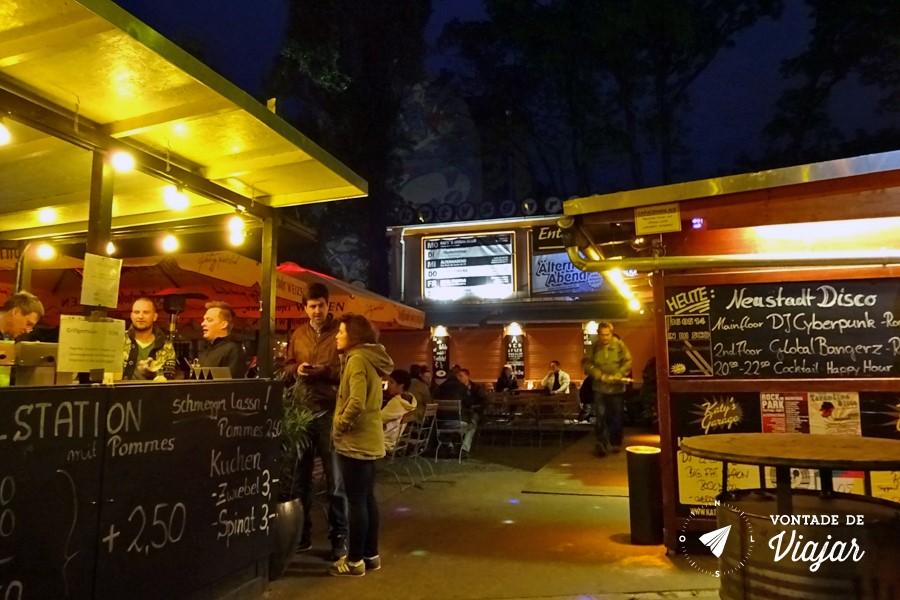 Dresden - Katys Garage um dos bares em Neustadt