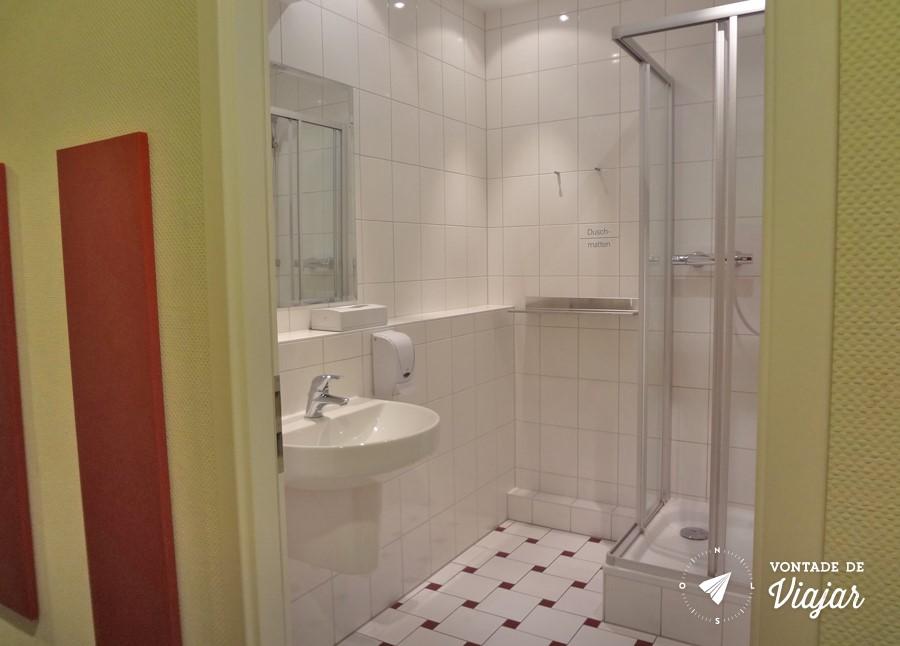 Onde ficar em Dresden - Banheiro do albergue